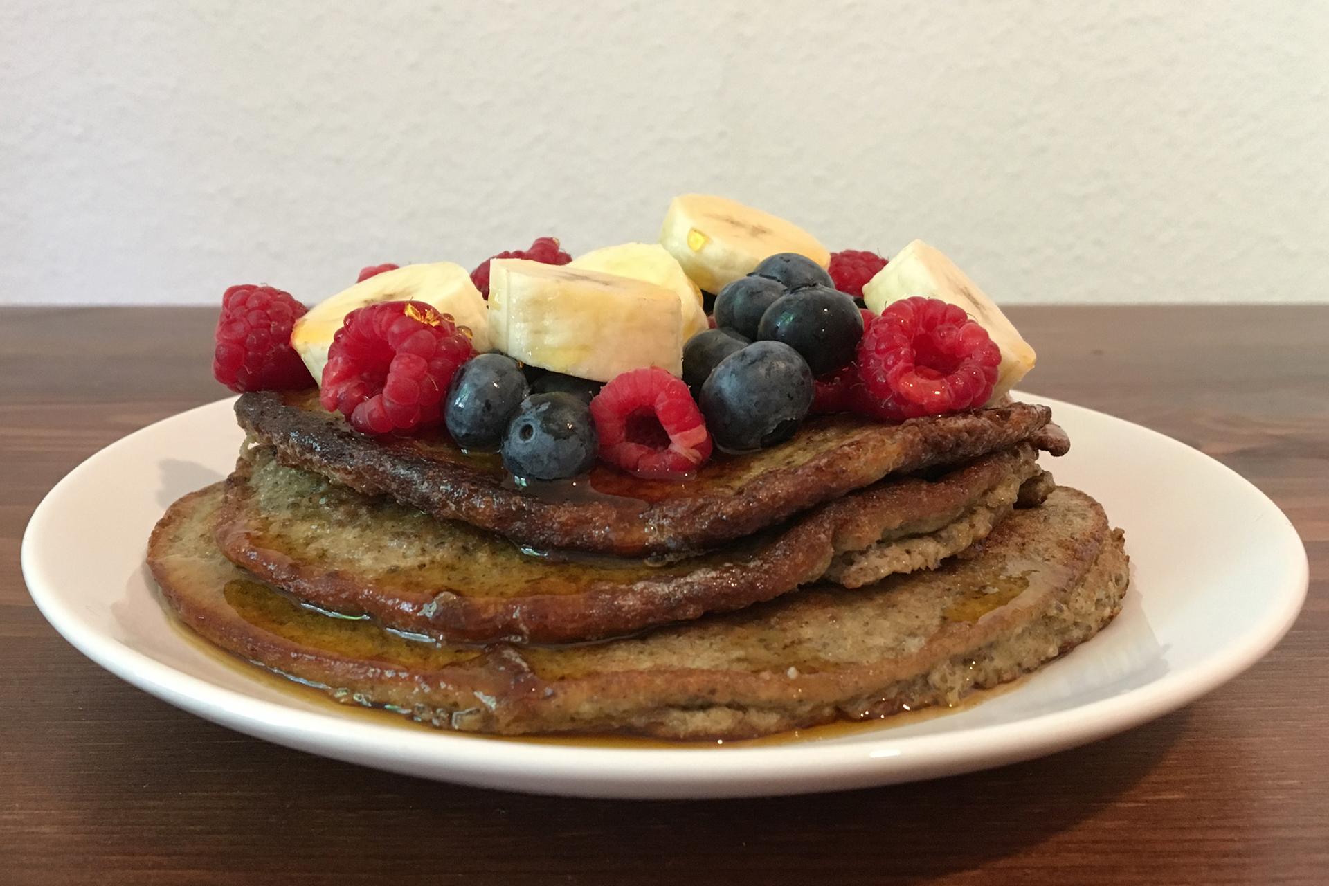 Superfood-Pancakes mit Grillenmehl